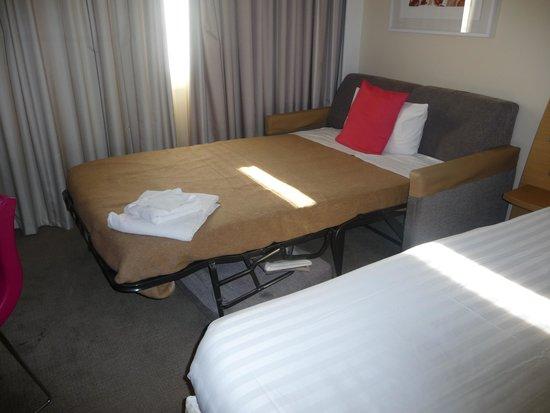 Novotel London Paddington Bed With Unwanted Sofa