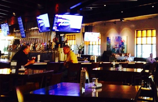 Yard House Restaurant Palm Beach Gardens