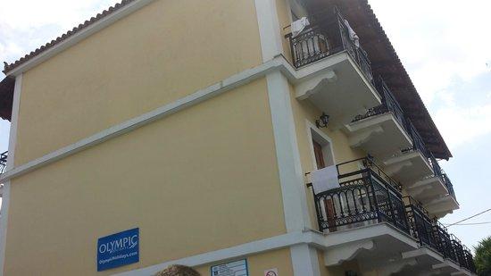 Spyros Studios Apartments There S 2 Blocks