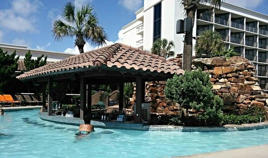 Image Result For Swim Up Bar In Texas