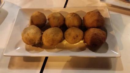 Resultado de imagen de plato plato sevilla croquetas