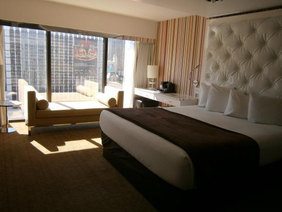 Flamingo Las Vegas Hotel Mini Suite King Bed