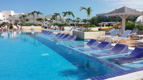 Well Designed Pool Picture Of Valentin Perla Blanca