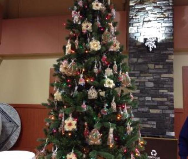 Toms Pizza Steakhouse Edible Christmas Tree Donated To The Festival Of Trees Ornaments