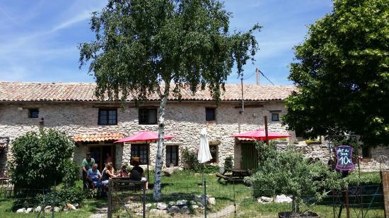 Ferme Auberge Les Esfourniaux Lagarde DApt Restaurant