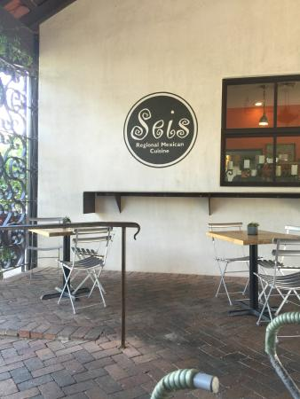 Seis Kitchen Catering Logo Wall