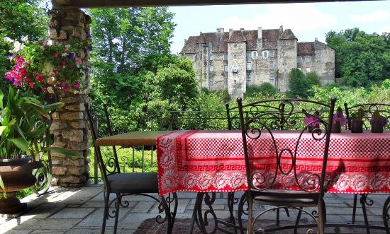 Terrasse - Site du Château - Picture of Chateau Vue ...