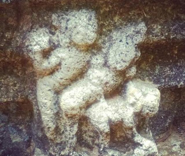 Nalanda Gedige Kamasuthra Image