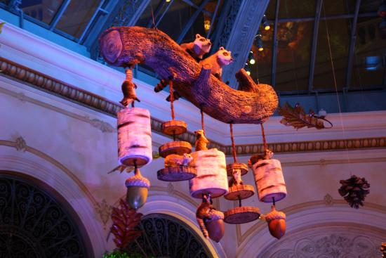 Las vegas is home to countless conventions, parties and other happenings. Halloween Decorations Picture Of Bellagio Las Vegas Tripadvisor