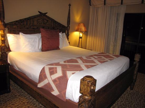 Animal kingdom kidani village 3 bedroom villa for 3 bedroom grand villa disney animal kingdom