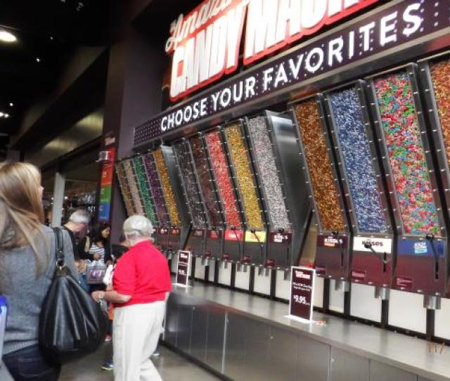 Hersheys Chocolate World The Amazing Candy Machine