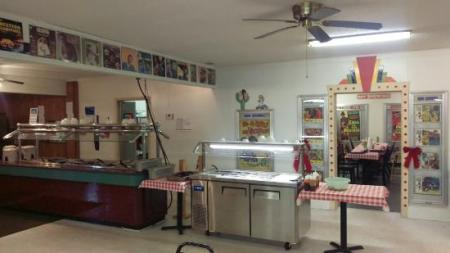 Pictures of the inside of the restaurant   Chuck Wagon  Guntersville     Chuck Wagon  Pictures of the inside of the restaurant