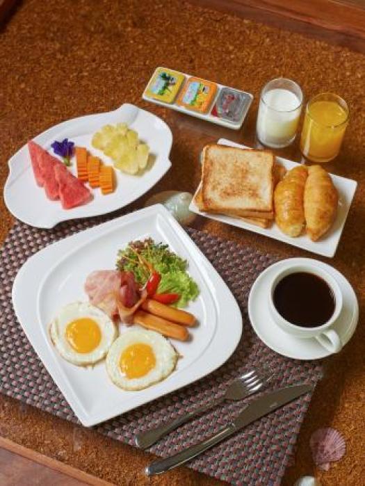 American Breakfast - Set Menu - Picture of The Agate Pattaya Boutique  Resort - Tripadvisor