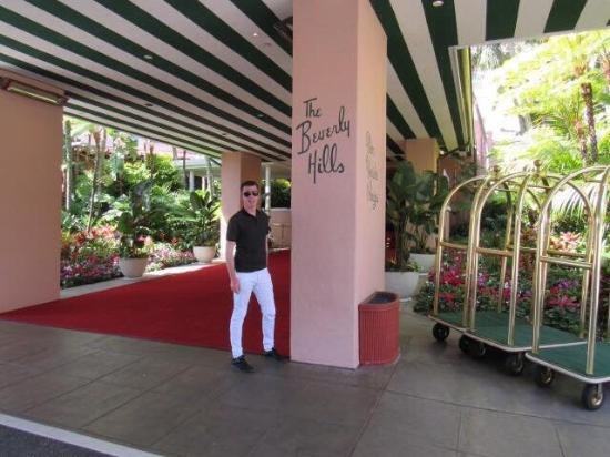 Picture Of Polo Lounge At The Beverly Hills