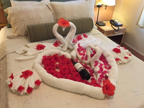 Bedroom Romantic Decoration Ideas For Special Evenings 3 Decorations Full Size