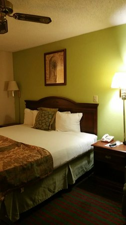 DAYS INN BY WYNDHAM DEMOPOLIS   UPDATED 2018 Prices   Motel Reviews     DAYS INN BY WYNDHAM DEMOPOLIS   UPDATED 2018 Prices   Motel Reviews  AL     TripAdvisor