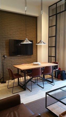 2 Bedroom Apartment Dining Area Bild Från Midtown