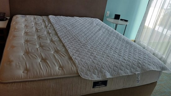 Springhill Suites San Go Downtown Bayfront Full Size Mattress Pad On A King