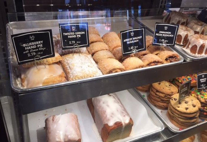 Display Case Picture Of Corner Bakery Cafe Chicago Tripadvisor