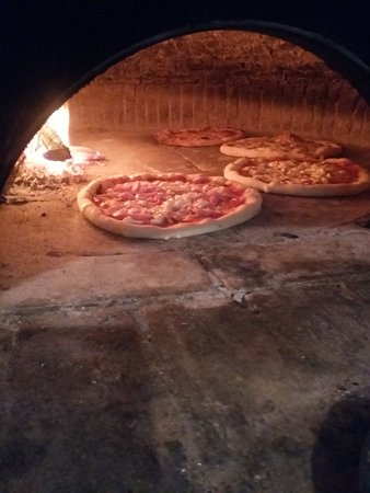 Pizzeria Trattoria Slucia Caserta Restaurant Reviews
