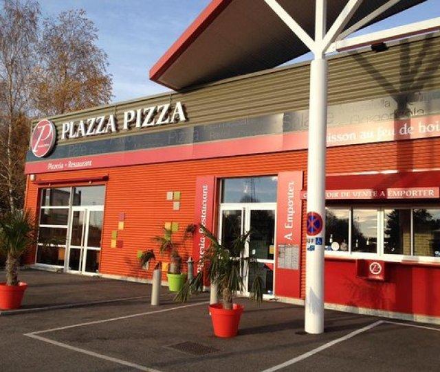 Plazza Pizza Restaurant Italien Pizzeria Cuisson Au Feu De Bois Amberieu En