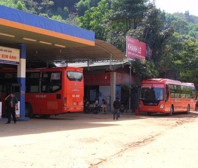 Futa Bus Lines Tram Dung Chan Cho Cac Xe Cua Phuong Trang Tai Khanh Le