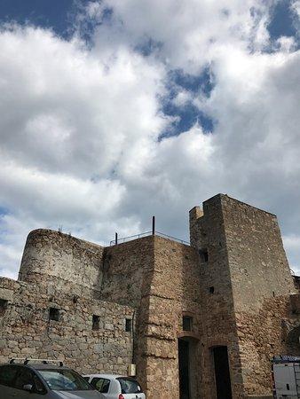 office municipal de tourisme de porto vecchio la citadelle内です