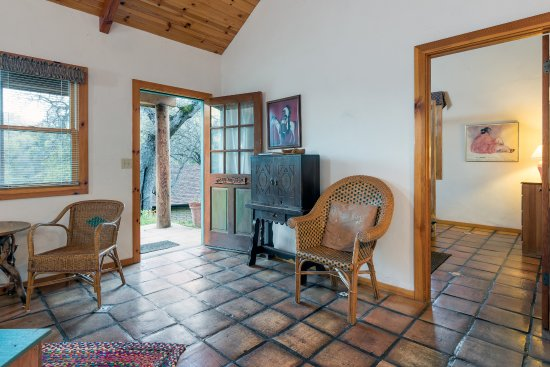 Native American Cottage Living Room Picture Of Homestead Cottages Ahwahnee Tripadvisor