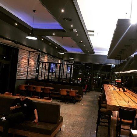 Harry's Café, Bondy - Restaurant Avis, Numéro de Téléphone ...