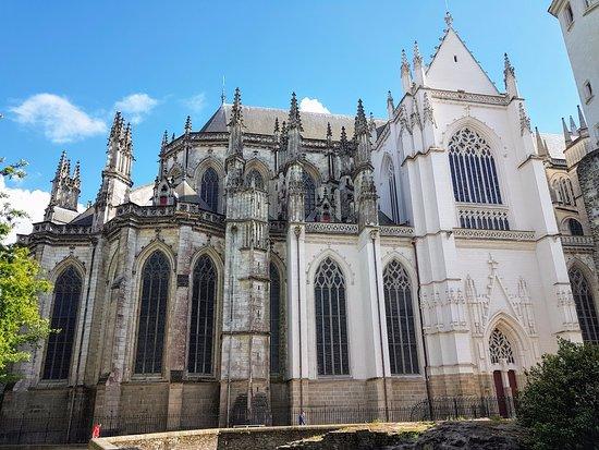 Cathédrale de Saint-Pierre et Saint-Paul