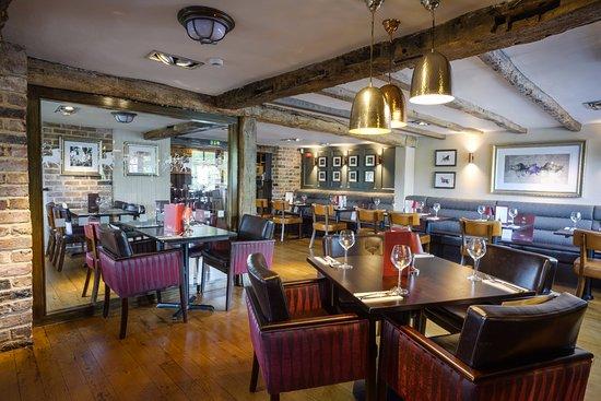 Family Restaurants Near Exeter