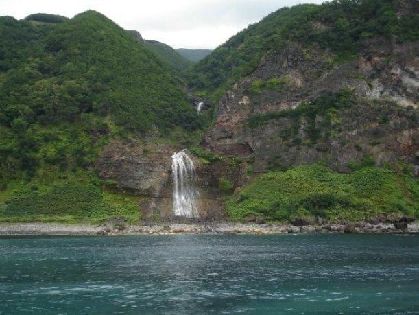 Hasil gambar untuk Kamuiwakka Falls