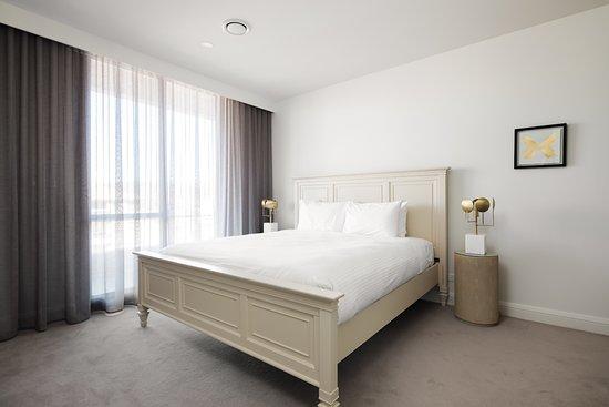 Knightsbridge Canberra Signature Bedding Pillowtop Mattress
