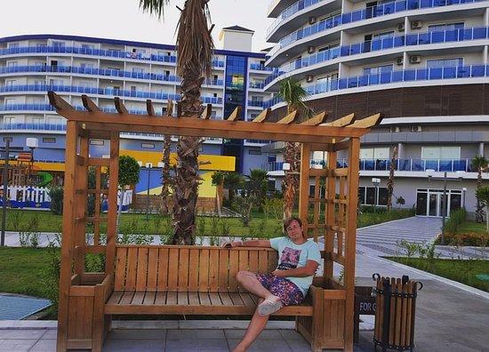 На фото 2 отеля: Eftalia Marin и Eftalia Ocean ...