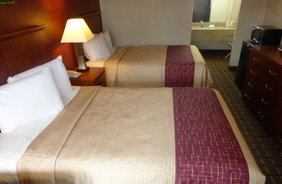 Red Roof Inn Suites Bossier City Deluxe 2 Full Beds