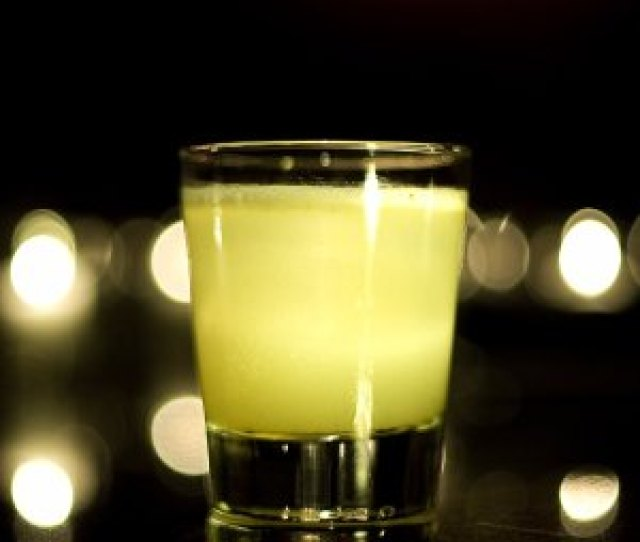 The Summit Bar The Charmane Star A Multi Layered Representation Of The Vodka Gimlet