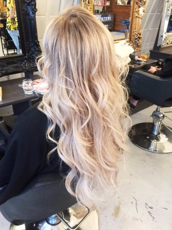 Live True London Blonde Balayage And Curly Blow Dry