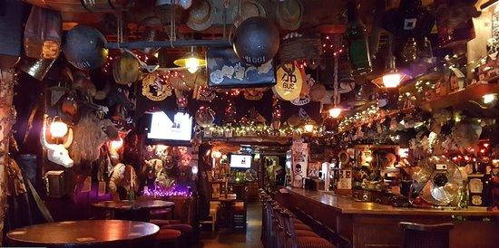 Lanigans pub, Eden Quay