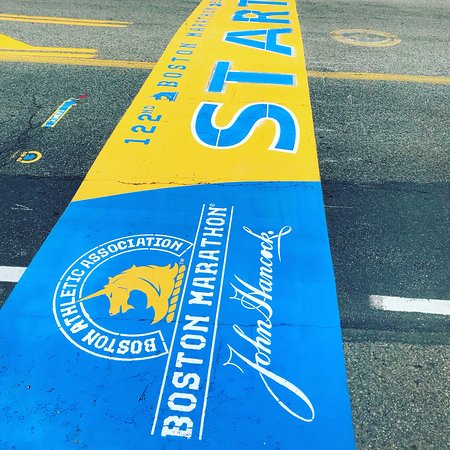 Starting line of Boston Marathon Photo