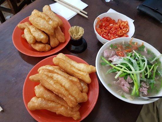 Truyện kể về hyun cha, một thanh niên vô công rỗi nghề vừa mất hết. Pho Gia Truyen Hanoi Restaurant Reviews Photos Tripadvisor