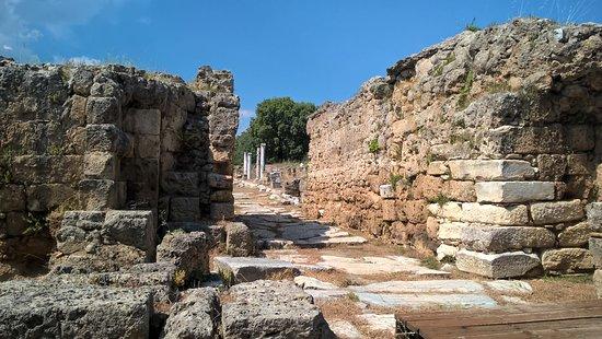 Η Αρχαία Πόλη Αιγές (Έδεσσα, Ελλάδα) - Κριτικές - Tripadvisor