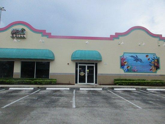 Family Restaurants Near 911