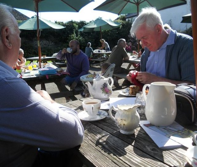 Rectory Tea Rooms Taking It Easy In The Hot Autumn Sunshine