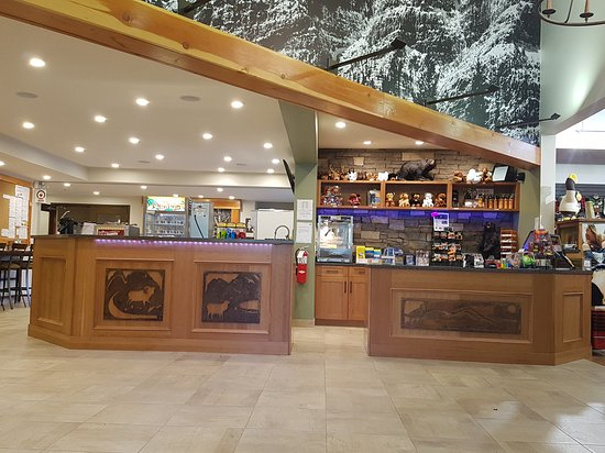 Mayberry campground is a campground located on 114 bunker road in mount airy, nc. Store And Snack Area Picture Of Mount Kidd Rv Park Kananaskis Country Tripadvisor