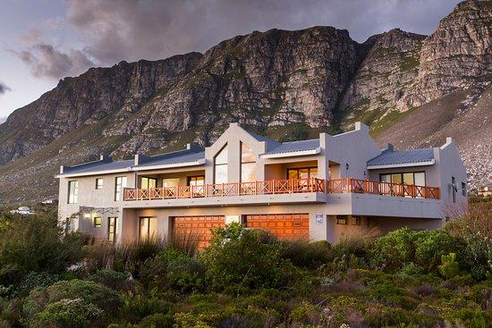 Van Den Bergs Guesthouse/B&B, Betty's Bay, South Africa