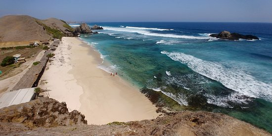 Putri Nyale Beach taken from a hill - Picture of Lombok ...