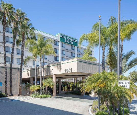 the 10 best hotels in gardena ca for
