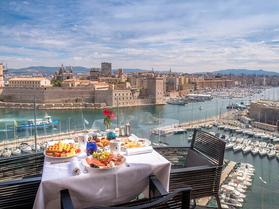 the best marseille hot tub suite hotels