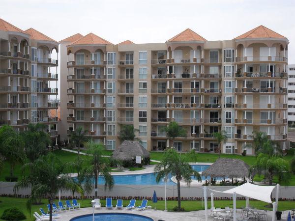 Beautiful Condo in Marina Mazatlan- PORTOFINO Has Waterfront and ...