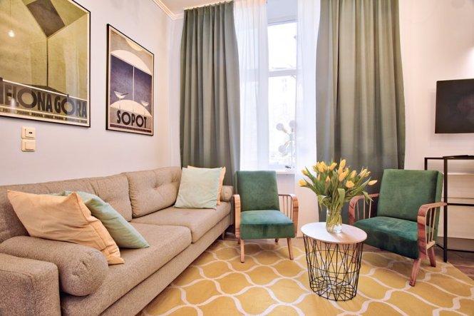 Retro Apartment By Tyzenhauz